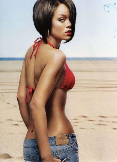 Rihanna - 68